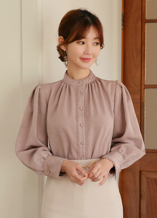 棕褐色皱褶衬衫<br>