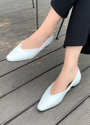 "Brigne简单平底鞋鞋<font color=""#ed1558""><b>[跟:1.5cm]</b> <br></font>"